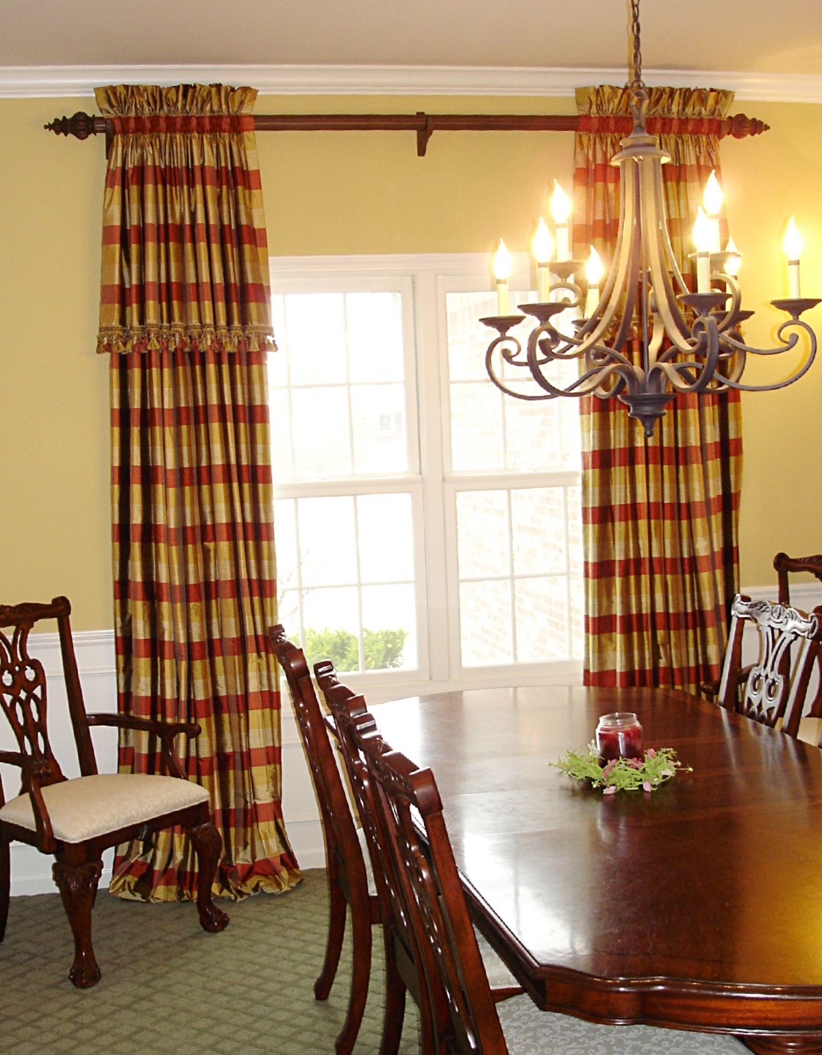 A family friendly formal dining room susan 39 s designs for Dining room drapes