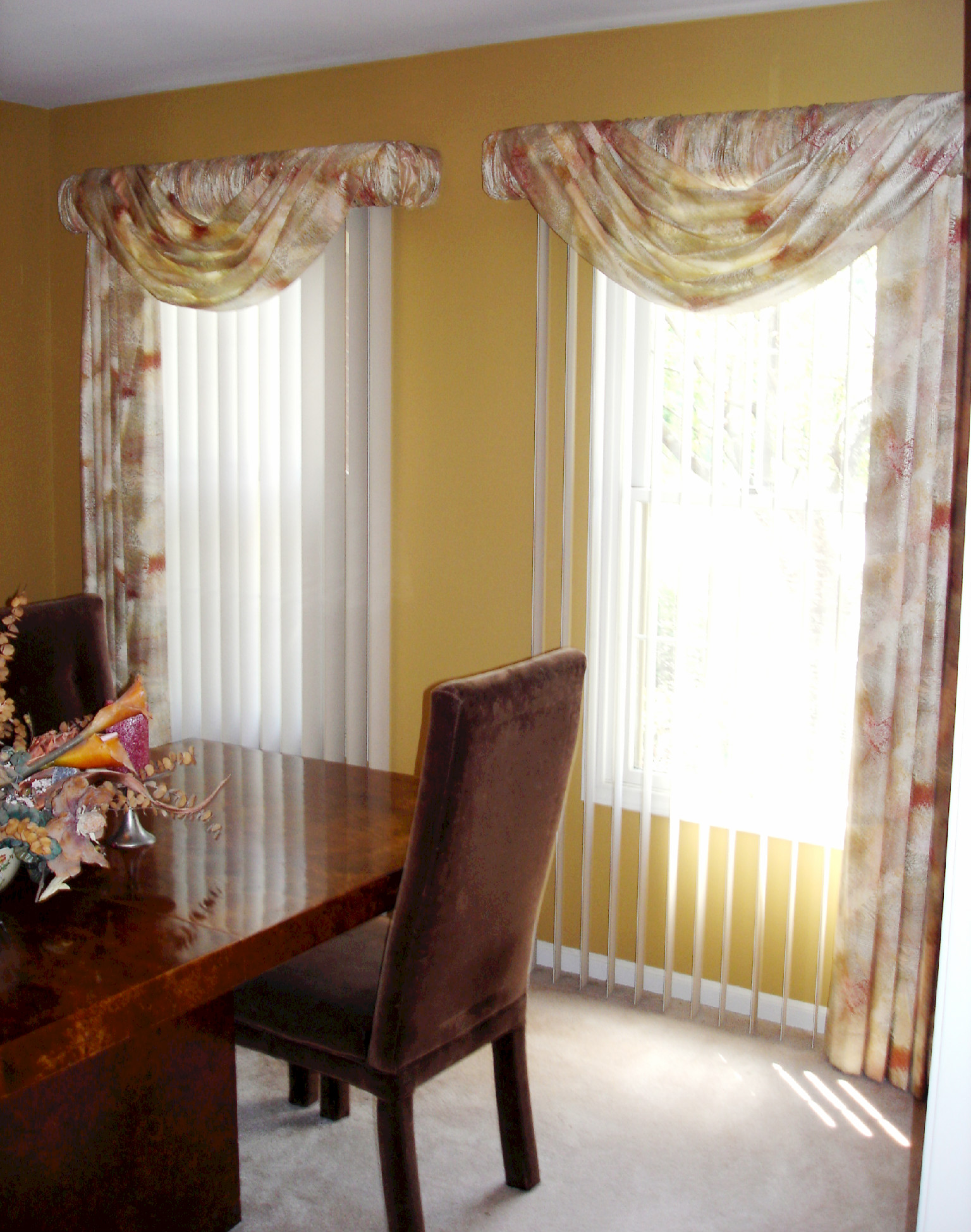 Soften Up Those Vertical Blinds Susans Designs