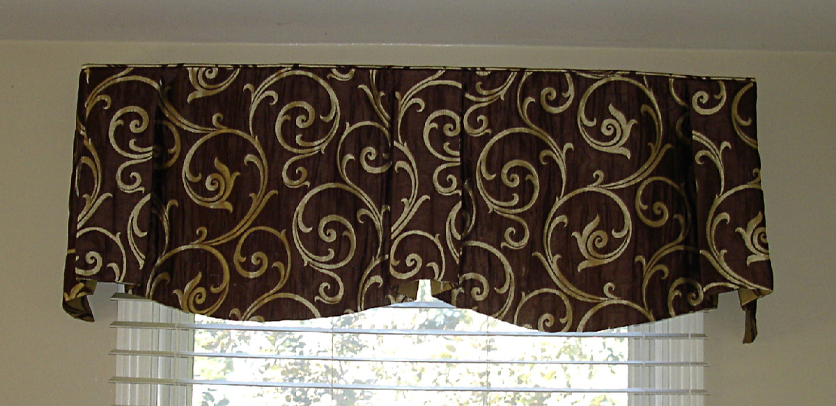 A Sheffield Valance 187 Susan S Designs